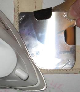 утюжка закругления накладного кармана