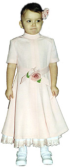 Dress with short set-in sleeves, with through the lazy loop closure and with underskirt for girls